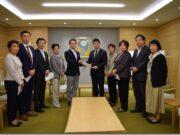 台風19号による被害への対策を求める緊急要望書」を市長へ提出